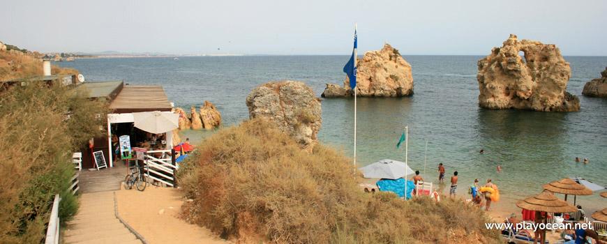 Access to Praia de Arrifes Beach