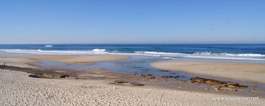 Maré baixa na Praia da Légua