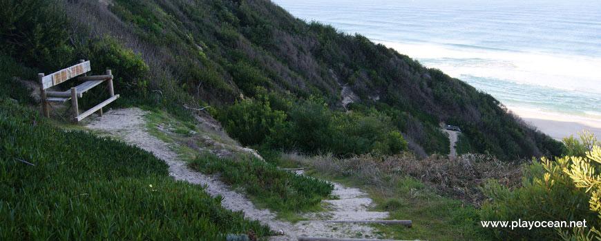 Banquinho na Praia da Mina