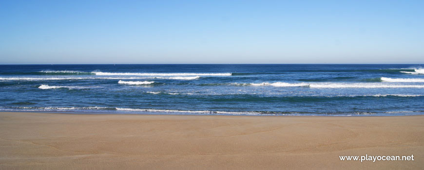 Mar na Praia da Mina