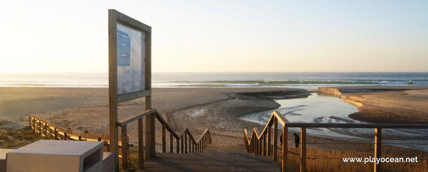 Entrance of Praia de Paredes da Vitória Beach