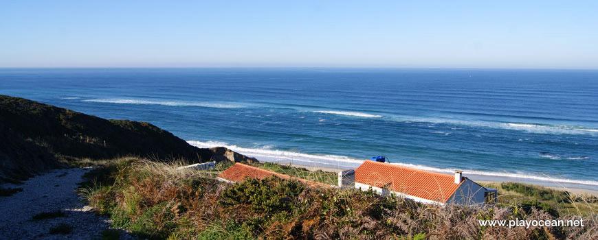 Casas na Praia de Vale Pardo