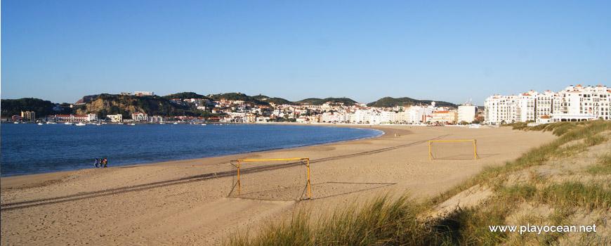 Balizas na Praia de São Martinho do Porto