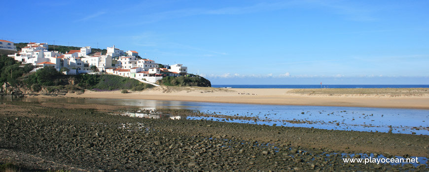 Houses of Praia de Odeceixe village
