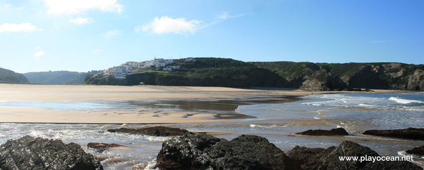 Low tide at Praia de Odeceixe (Sea) Beach