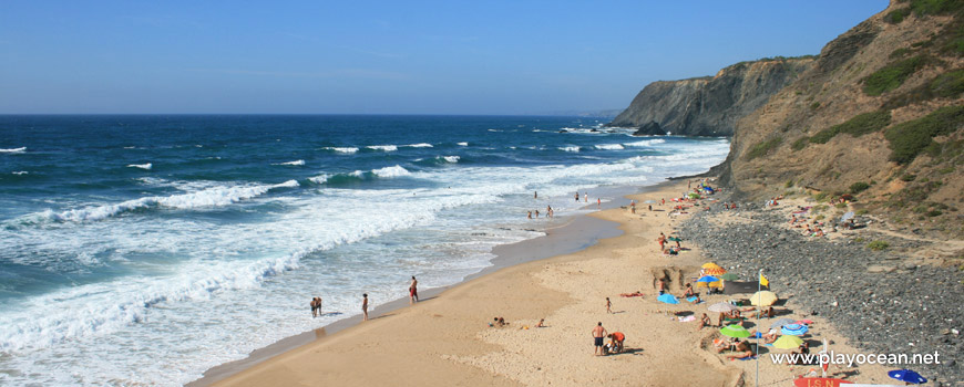 North at Praia do Vale dos Homens Beach