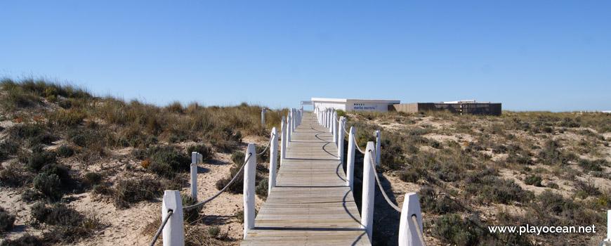 Acesso à Praia da Cabana do Pescador