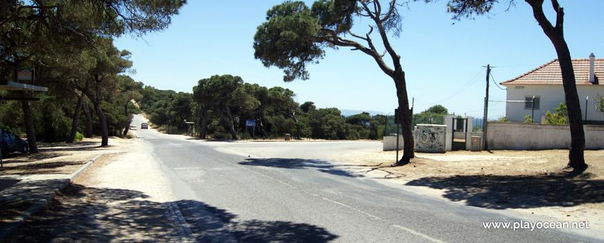 Praia da Fonte da Telha na Costa da Caparica, Almada • Portugal