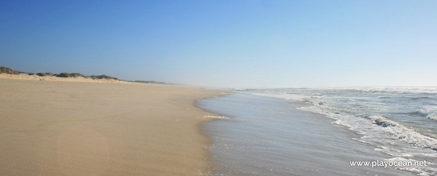 South of Praia das Dunas de São Jacinto Beach