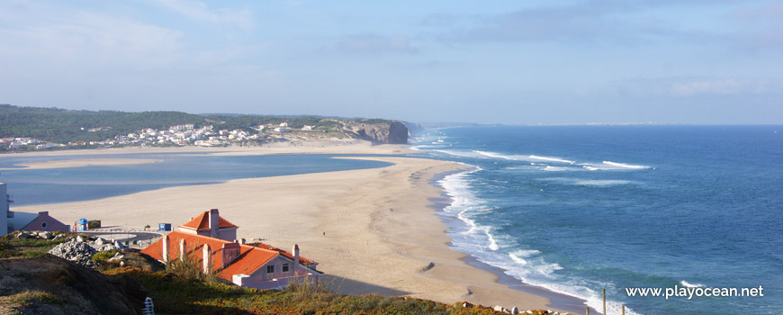 South of Praia do Mar Beach
