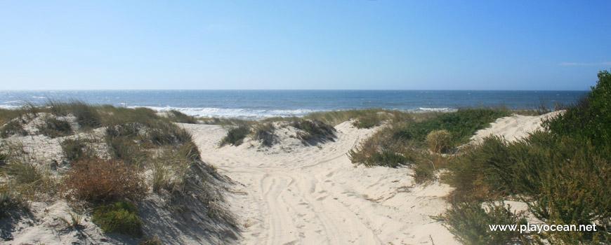 Entrada da Praia dos Almadoiros