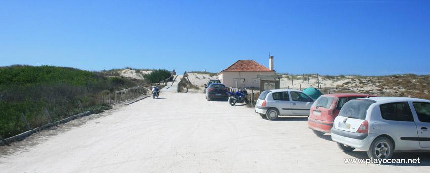 Entrance of Praia do Palheirão Beach