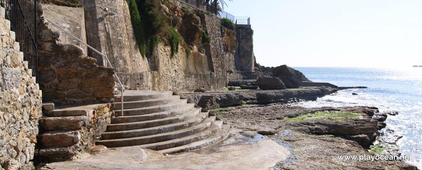 Acesso à Praia da Azarujinha
