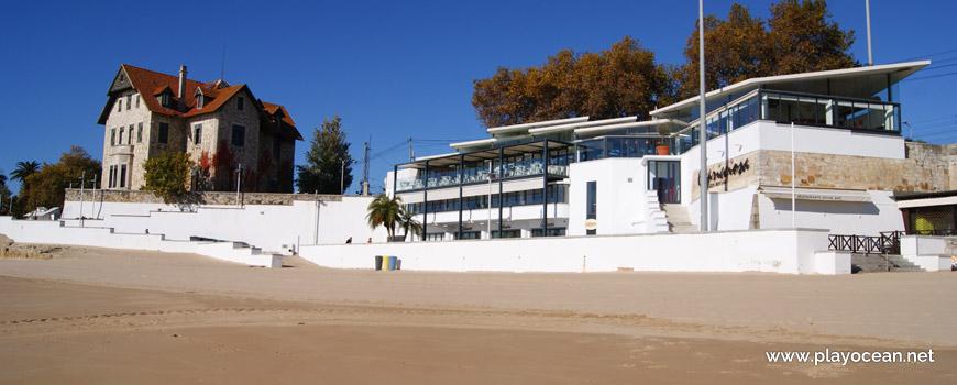 Chalet Faial na Praia da Duquesa