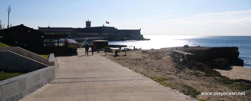 Forte de São Julião da Barra visto da marginal