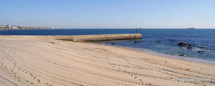 Este na Praia das Moitas