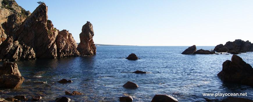 Mar na Praia do Porto do touro