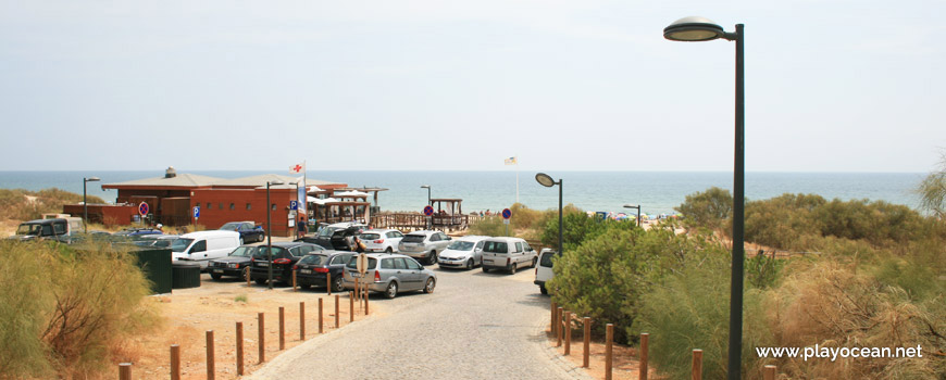 Parking of Praia Verde Beach