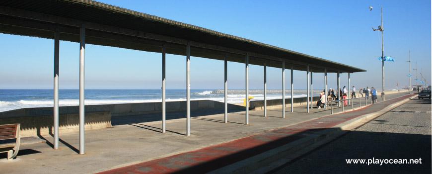 Marginal da Praia da Rua 37