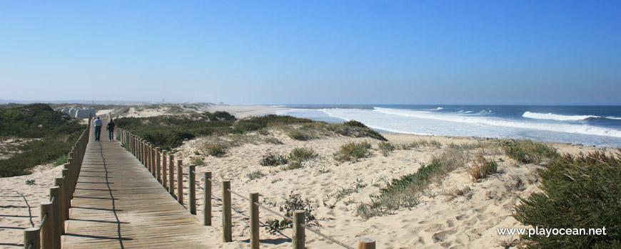 Walkway at Praia de Silvalde Beach
