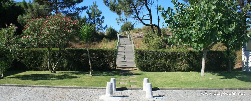 Access to Praia de Antas Beach