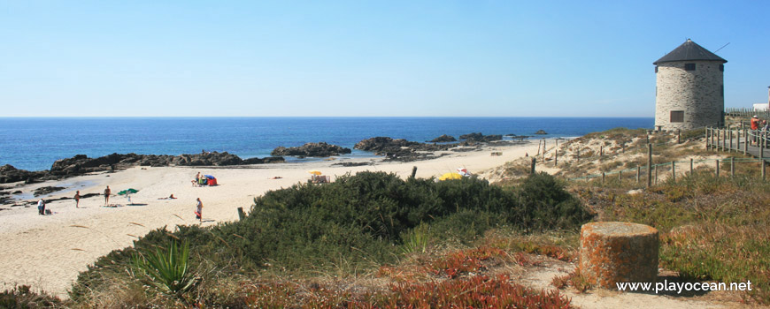 Praia de Apúlia (North) Beach