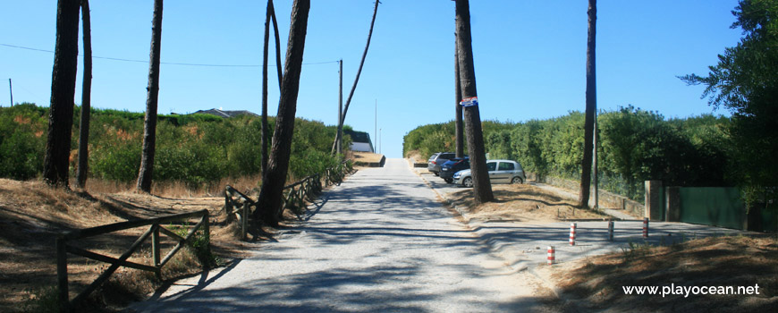 Road to Praia da Bonança Beach