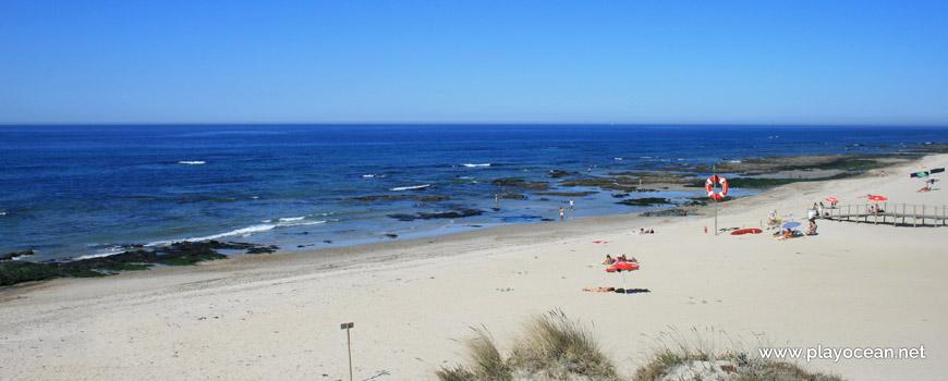 Praia de Cepães Beach