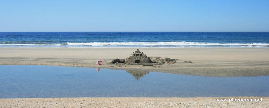 Castelo de areia na Praia de Fão