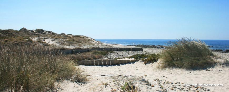 Infraestrutura na Praia de Marinhas