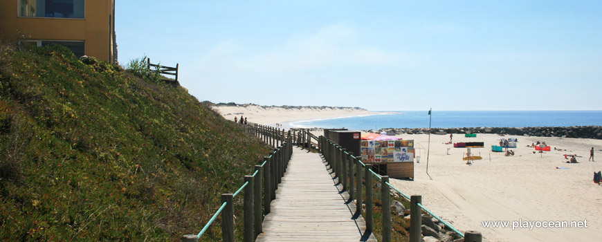 Access at Praia de Ofir Beach