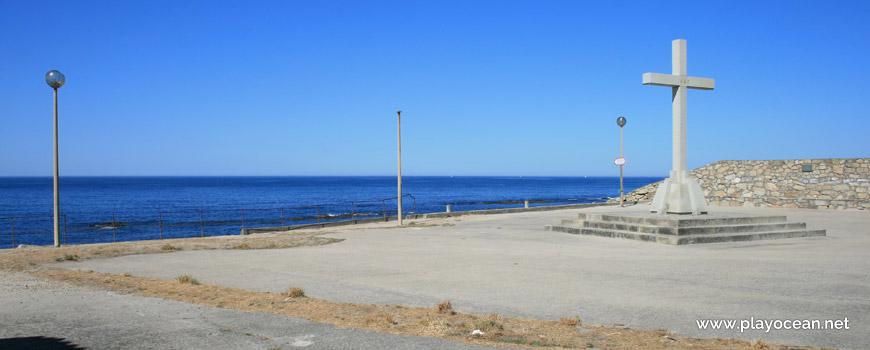 Entrance, Praia de São Bartolomeu do Mar Beach