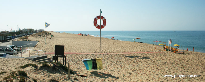 Lifeguard station at Praia de Faro (Sea) Beach
