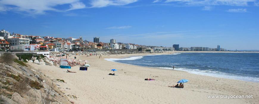 Este na Praia da Tamargueira