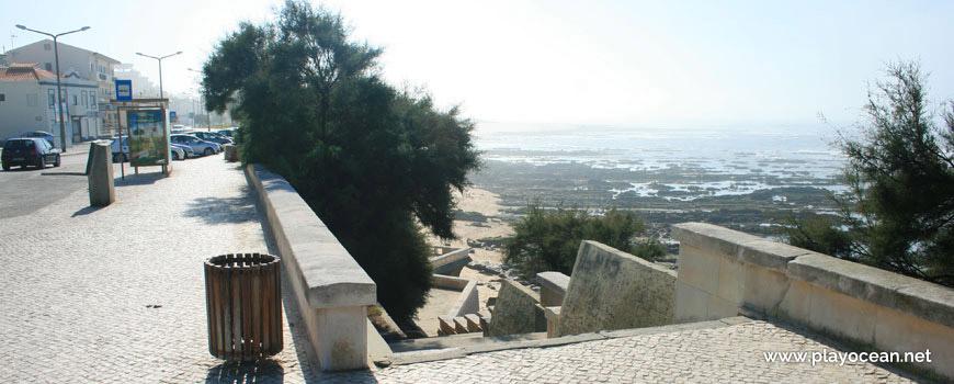 Acesso à Praia do Teimoso