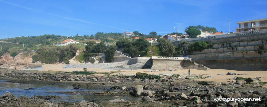 Casas junto à Praia do Teimoso