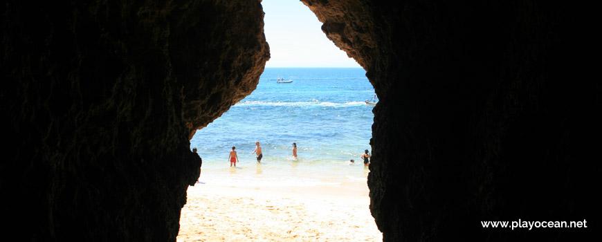Acesso à Praia do Buraco