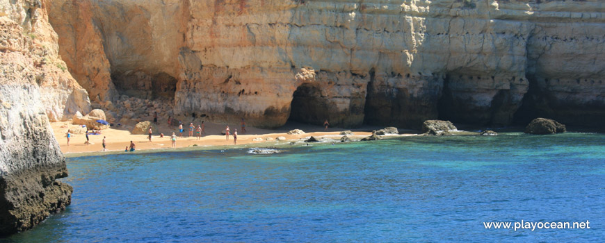 Praia da Estaquinha Beach