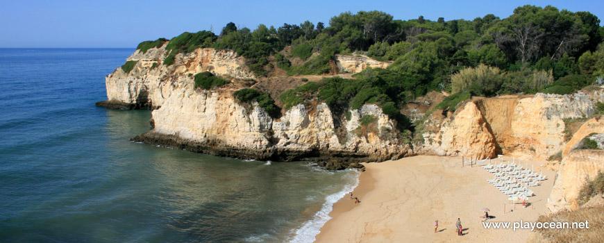 Oeste na Praia dos Tremoços