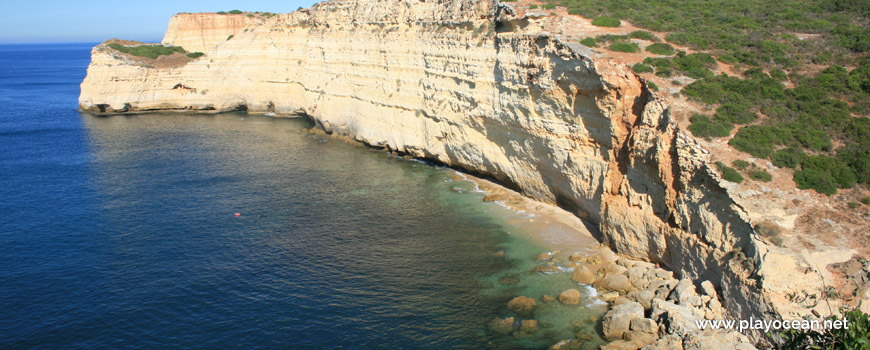 Vista sobre a Praia do Vale da Lapa
