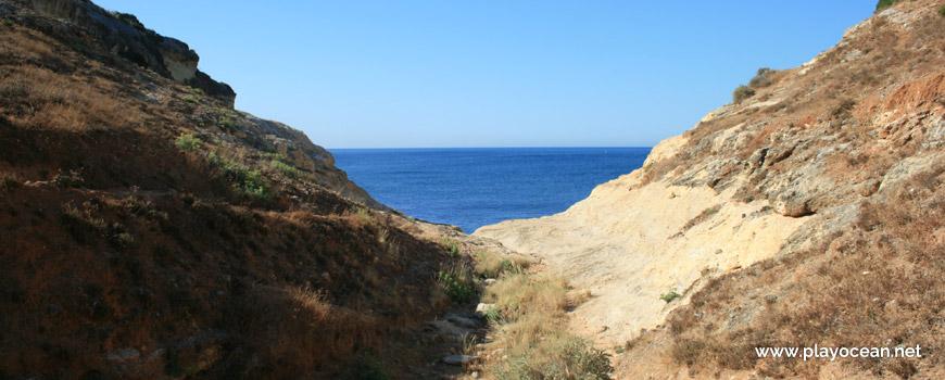 Access to Praia do Vale da Lapa Beach