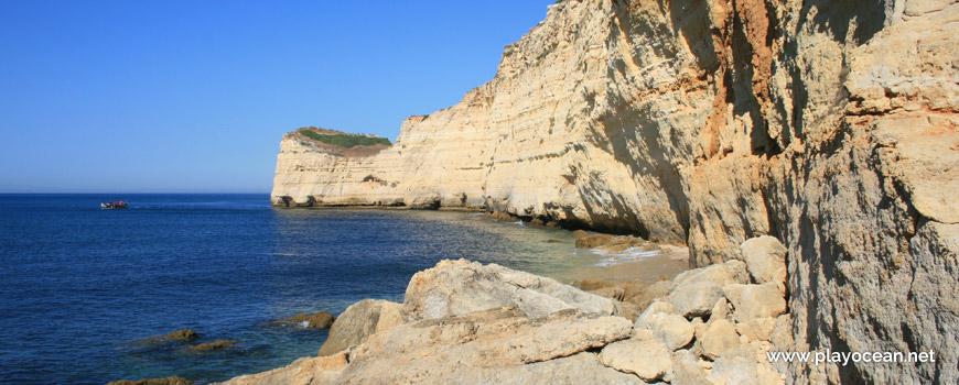 West at Praia do Vale da Lapa Beach