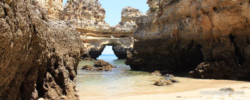 Tunnel of the Boneca Rock
