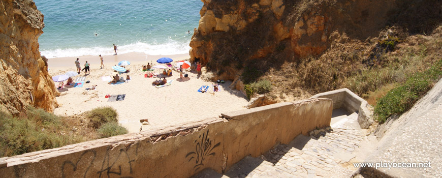 Acesso à Praia do Pinhão