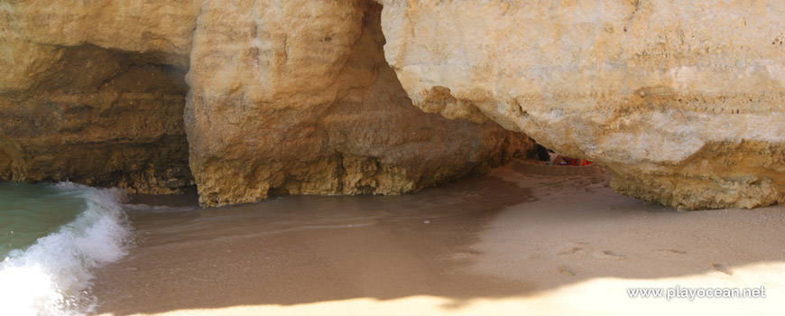Caves at Praia do Pinhão Beach