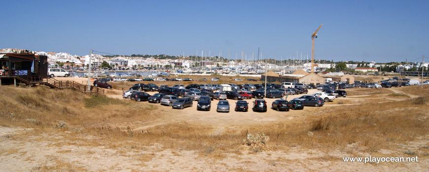 Estacionamento na Praia de São Roque