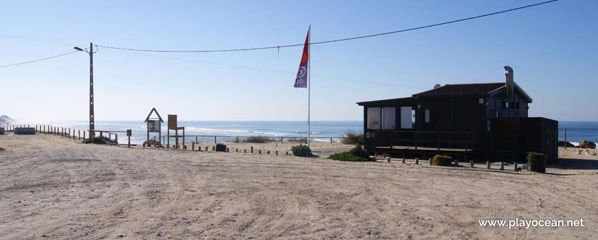Entrada da Praia do Pedrogão (Sul)