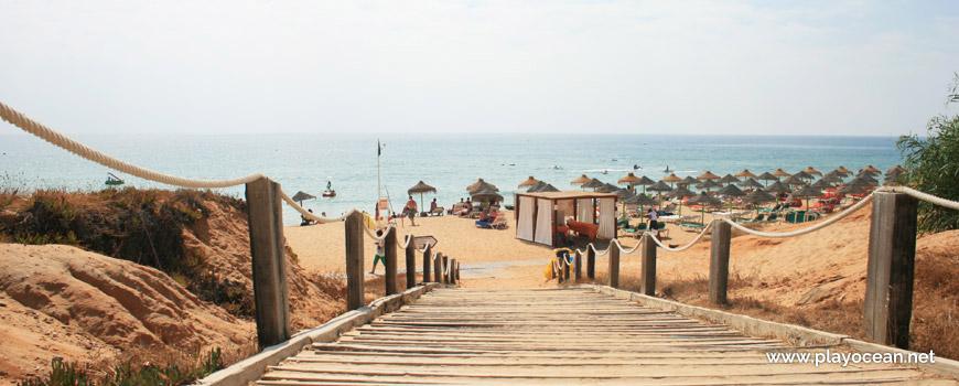 Entrada da Praia do Garrão (Nascente)