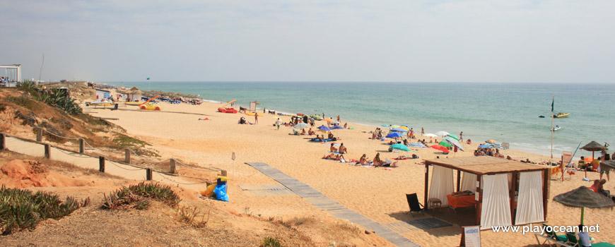 Este na Praia do Garrão (Nascente)