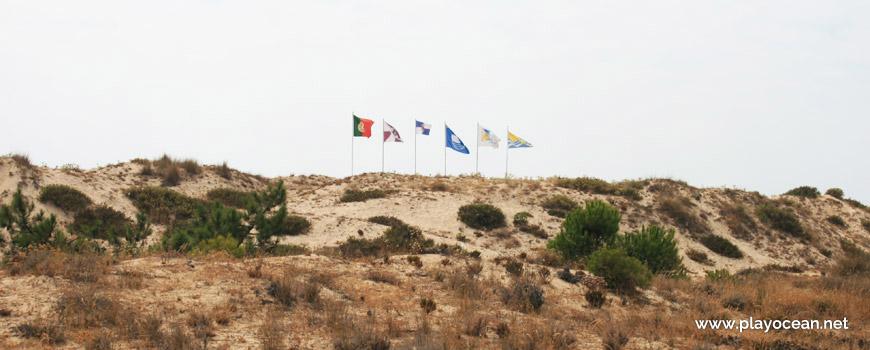 Banners of Praia do Garrão (West) Beach